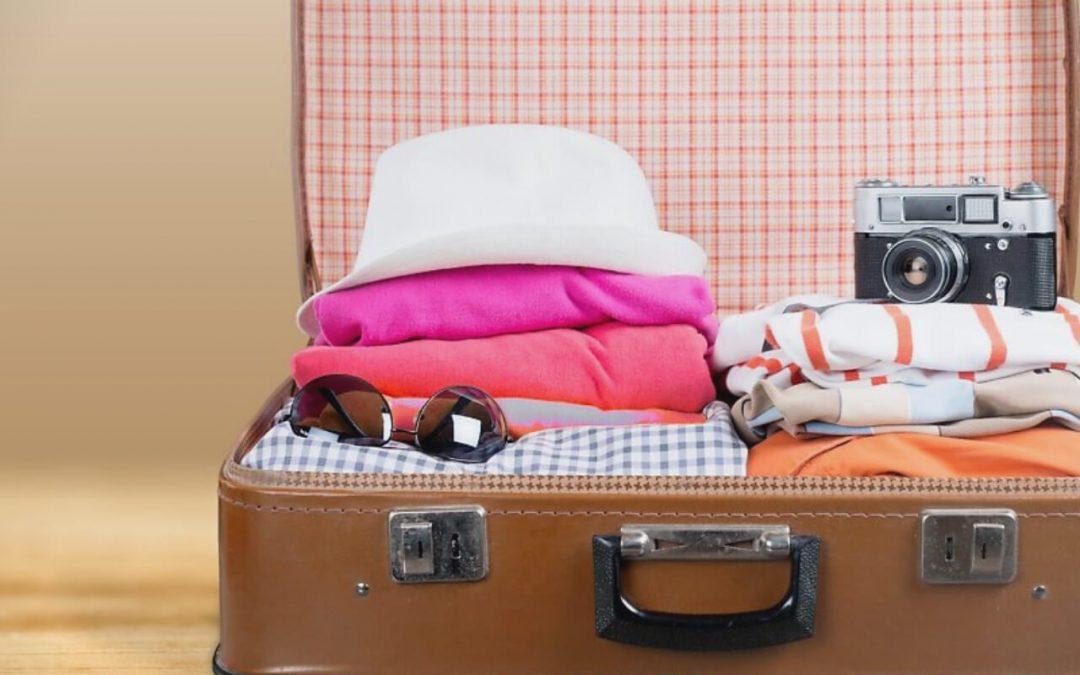 Las 8 cosas que no deben faltar en tu maleta al momento de viajar